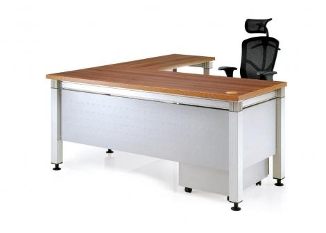 RT2主管桌